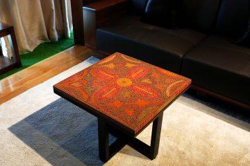 bàn trà nghệ thuật ánh hồng chốn rừng sâu 1