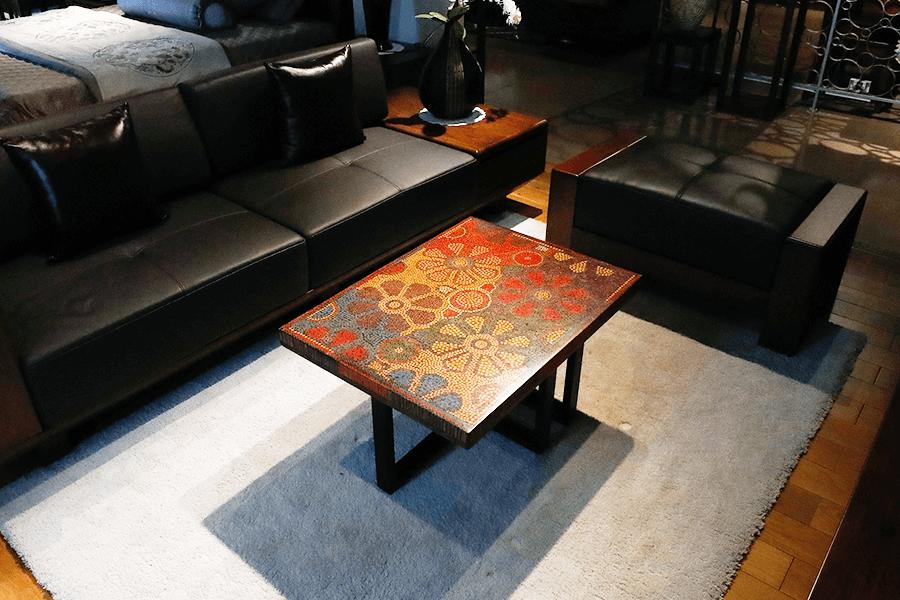 bàn trà nghệ thuật hoa vũ trụ