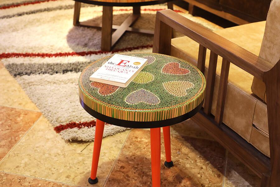 bàn trà nghệ thuật tâm V 3