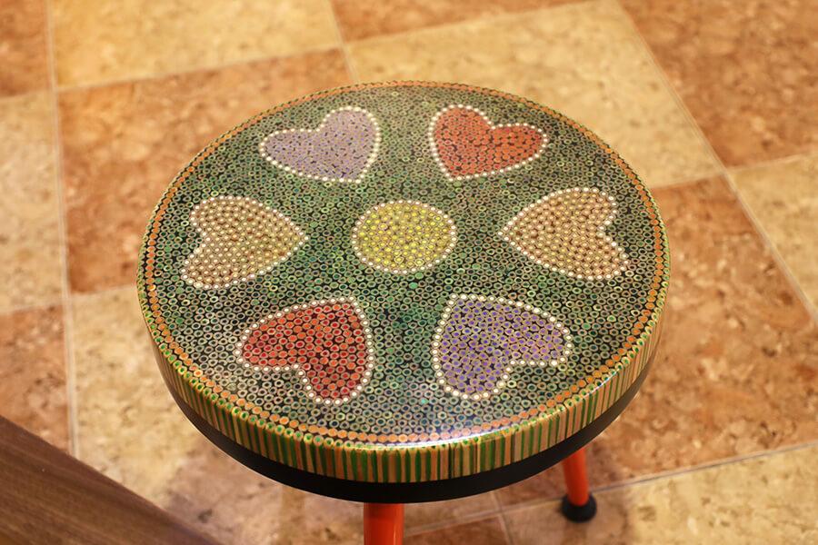 bàn trà nghệ thuật tâm V 4