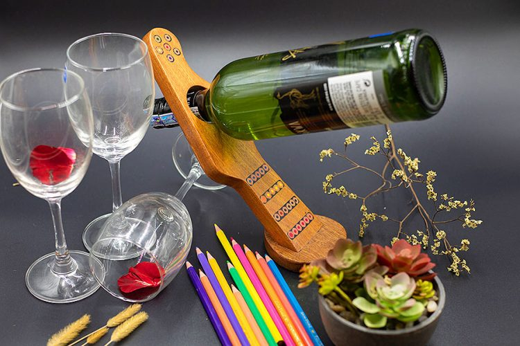 Colored-Pencil Guitar Balancing Wine Bottle Holder Stand Gravity Defying5