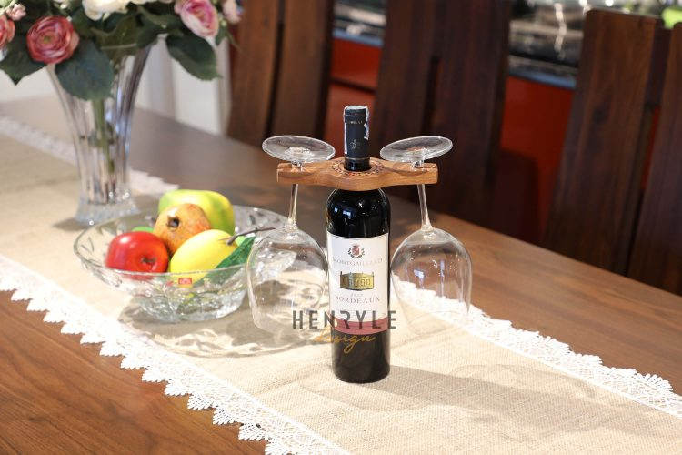 Colored-Pencil Wine Bottle Holder with 2 Long Stem Glasses