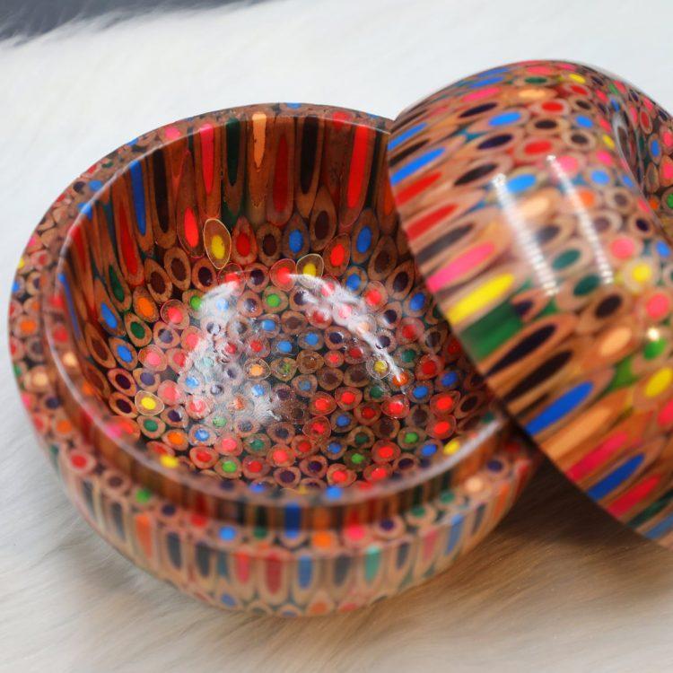Decorative Colored-pencil Happy Apple Box