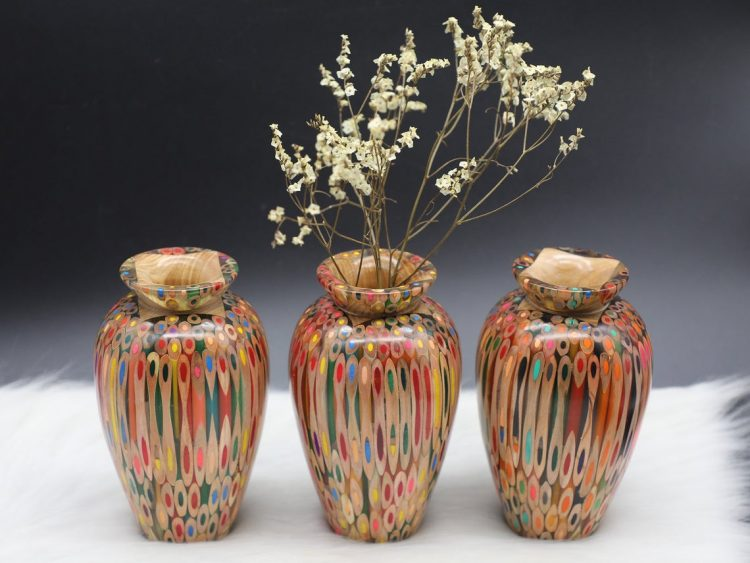 Decorative Colored-pencil Prosperity Vase