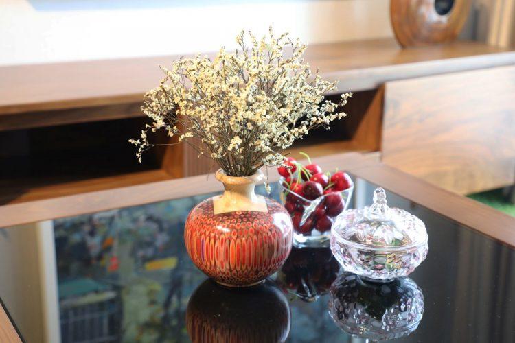 Decorative Colored-pencil Summer Wind Vase