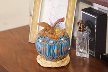 Decorative Wooden Colored-pencil Deleo Apple