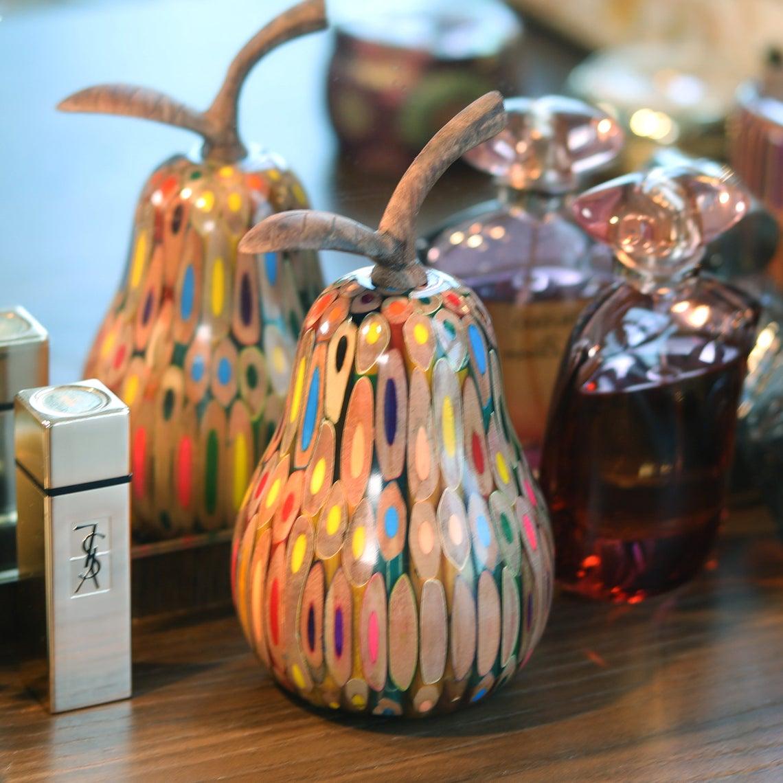 Decorative Wooden Colored-pencil Lovebirds Pear
