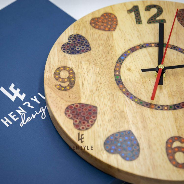Heat beat colored pencil wood wall clock 2 (1)
