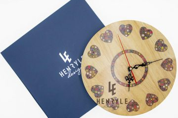 Strong heart Color pencil wood wall clock 3