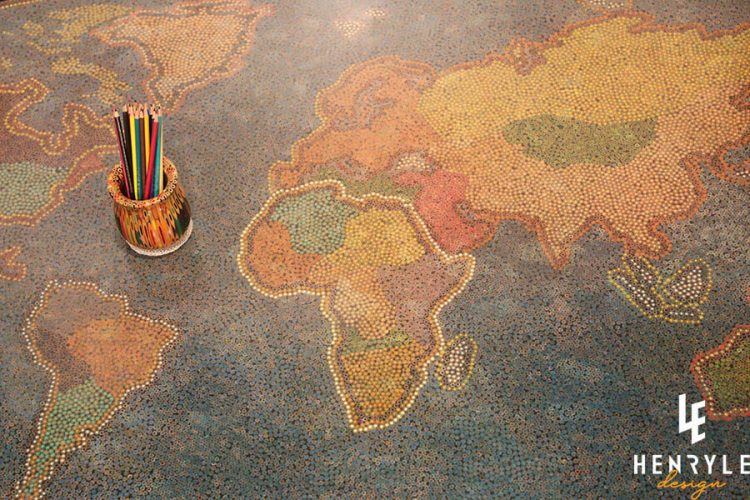 The World Colored-Pencil Table 2